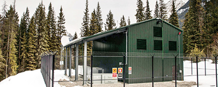 Canada's First Utility-Scale Energy Storage System Islands Remote Town During Outages